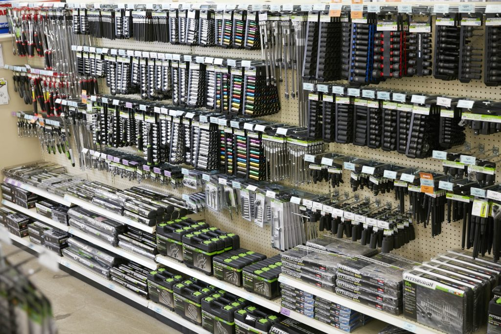 Socket Selection at Harbor Freight